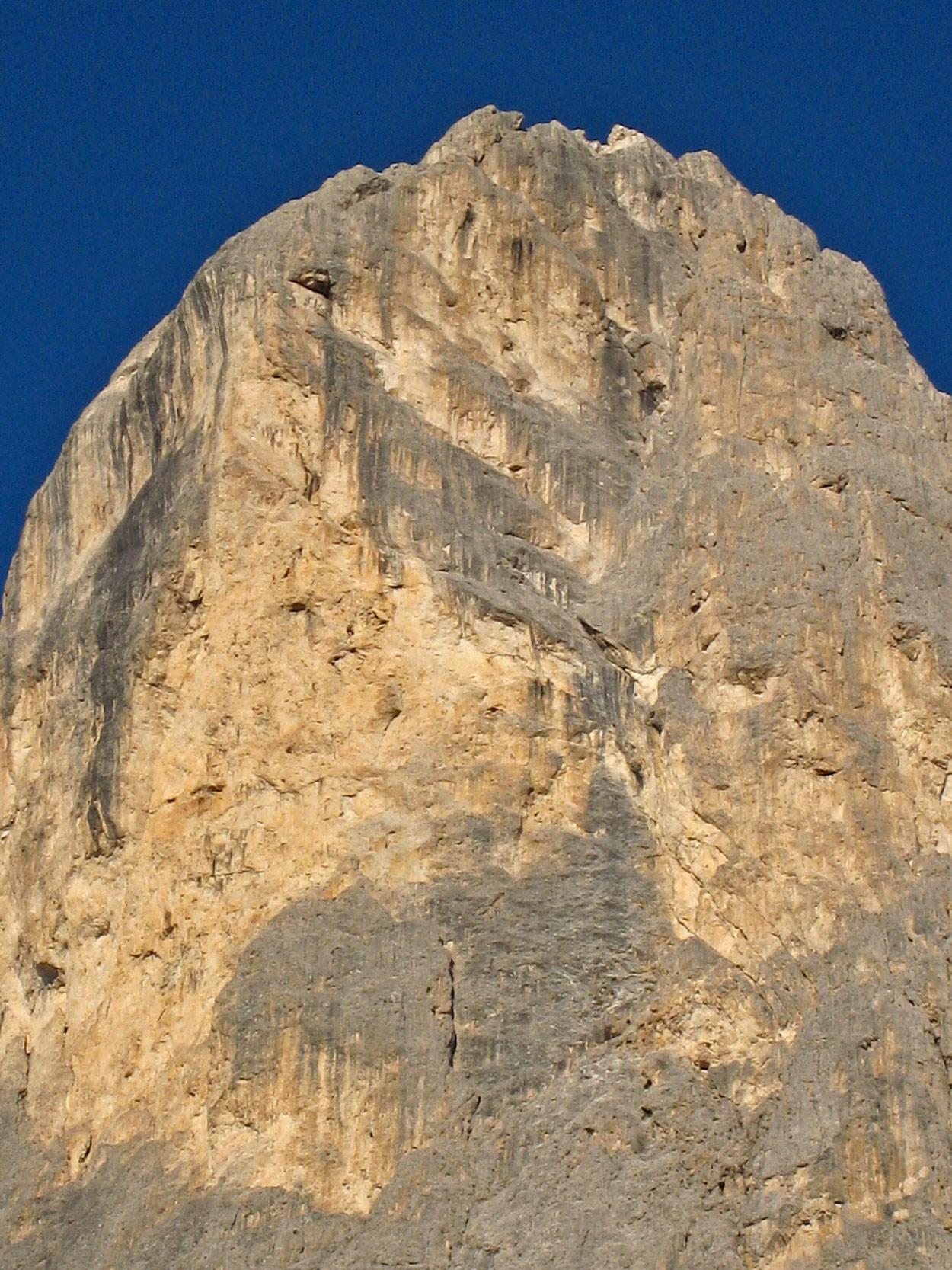 Sass Maòr, la supermatita delle Dolomiti Sass_maor_zoom_parete_e_-_foto_marco_cabbia-2